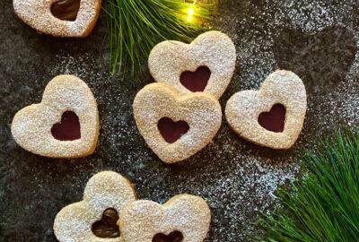 Linzer cookies med hindbær